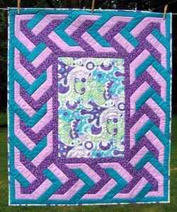 Continuous Braid with Funky Center Quilt